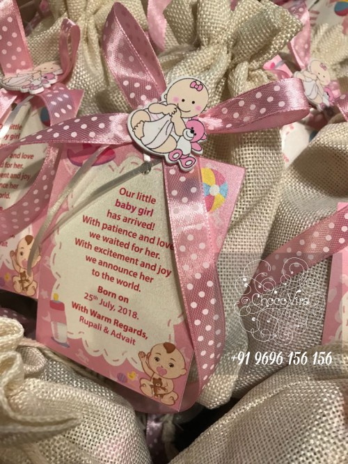 small and cute baby girl birth announcement gits under 150 rs in india
