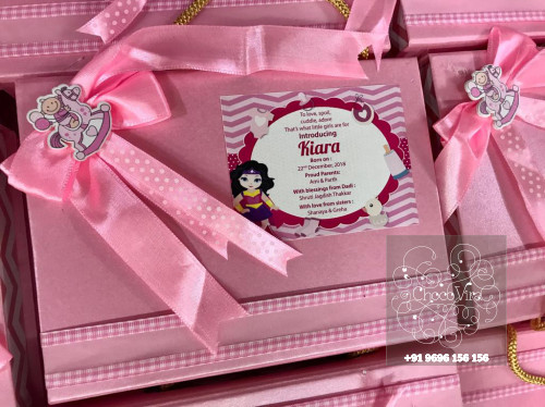 chocolate boxes under rs 250 in india for baby announcements